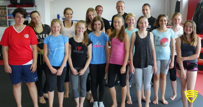 Workshop für junge Frauen und Mädchen für ein Nein ist Nein Training